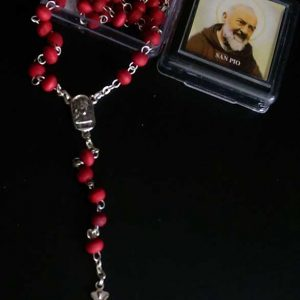 RA0001 - SCENTED ROSARY IN SQUARE BOX